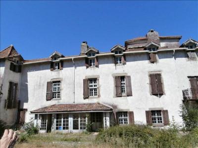 Château en Haut Languedoc à restaurer entierement, courniou