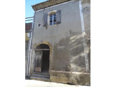 Maison de village en pierres à rénover, st marcel de careiret